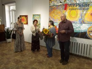 В Запорожье открылась удивительная выставка львовской семьи художников - ФОТО