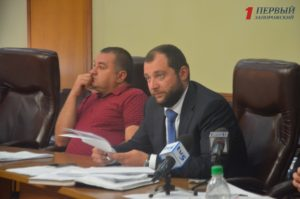 Запорожские депутаты требуют от начальника УКСа наконец-то решить проблему многострадального строительства полигона ТБО в Гуляйполе