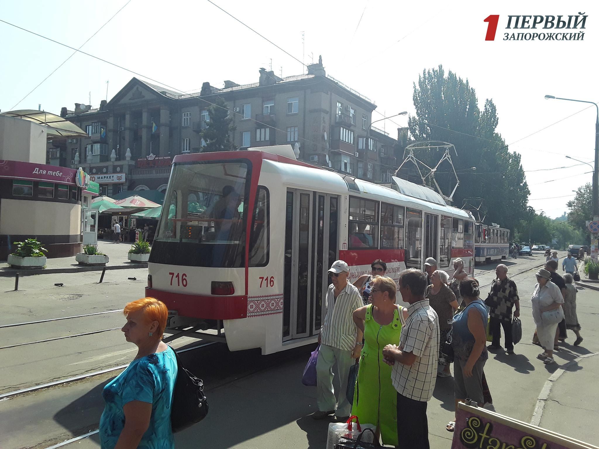 ВЗапорожье выпускают новые дешевые трамваи для своего города