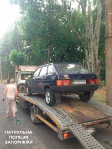 В Запорожье задержали пьяного водителя, колесившего без прав и нарушавшего ПДД - ФОТО