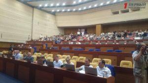 Кворум на сессии Запорожского облсовета удалось набрать только с третьего раза - ФОТО