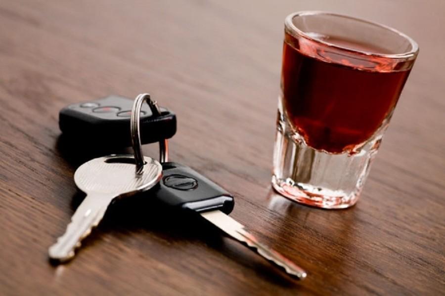 В Запорожье по Хортице колесил в стельку пьяный водитель