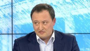 Константин Брыль настолько хочет видеть себя в телевизоре, что стал жаловаться главе Нацрады на то, что запорожская филия НТСУ не хочет нарушать закон