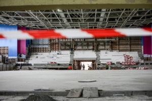 Ледовая арена без льда, туалеты и тир: как в Запорожье проходит реконструкция «Юности» - ФОТО