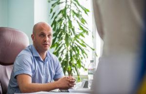 Новый директор Службы автомобильных дорог в Запорожской области не может подать декларацию, потому что слишком занят