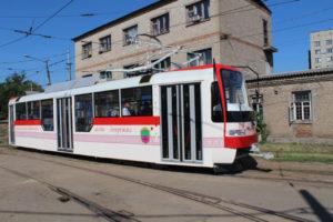 Стало известно, когда на линию выйдет первый трамвай, собранный в Запорожье