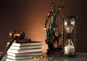 Семья судьи из Куйбышева задекларировала квартиры, земельные участки, автомобили и 10 миллионов гривен «налички»