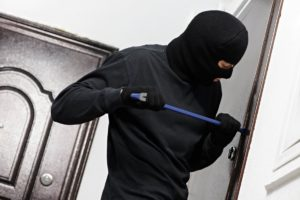 В Запорожье квартирных воров поймали «на горячем» - ФОТО