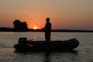В Запорожской области во время ночной рыбалки погиб 19-летний парень