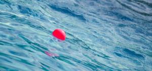 В Запорожской области подросток едва не утонул в море
