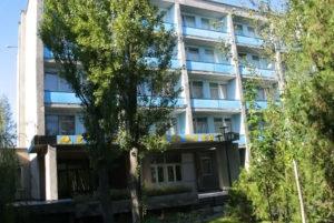 В Запорожской области предприимчивыйдиректор госпансионата решил подзаработать и сдавал в аренду номера в официально закрытом учреждении