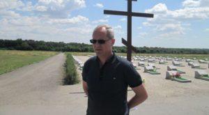 Владимир Буряк решил уволить руководителя ритуальной службы