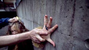 Мужчине, который пытался изнасиловать запорожанку, грозит до 10 лет тюрьмы - ФОТО
