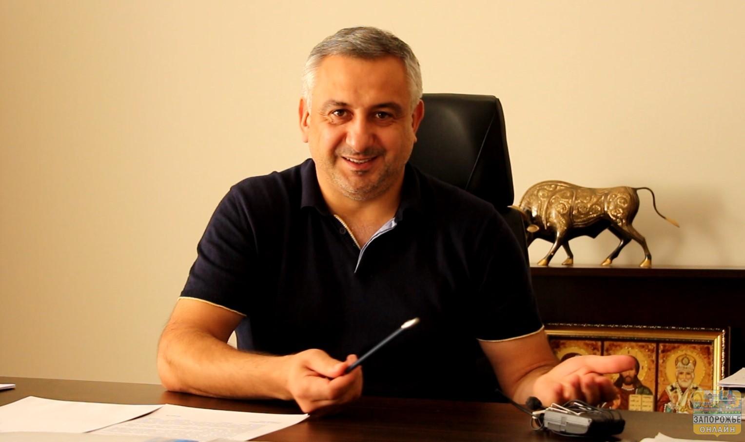 Главврачу Запорожской облбольницы Игорю Шишке назначили ночной домашний арест