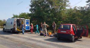 Авария в Запорожской области: мотоцикл столкнулся с легковушкой - ФОТО