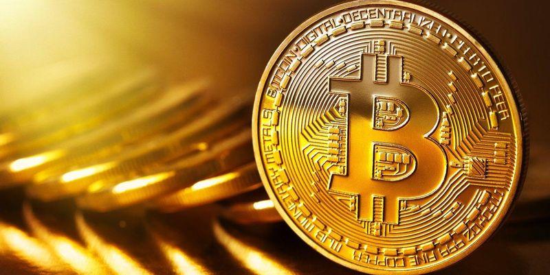 Стоимость Bitcoin перевалила за 4 тысячи долларов
