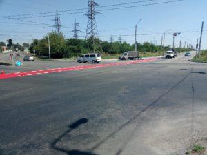 Свершилось: в Запорожье на улице Тюленина рисуют велодорожку, которую должны были открыть еще в прошлом году - ФОТО