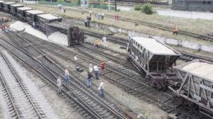В сети появилось видео, как в Запорожской области перевернулся вагон грузового поезда – ВИДЕО