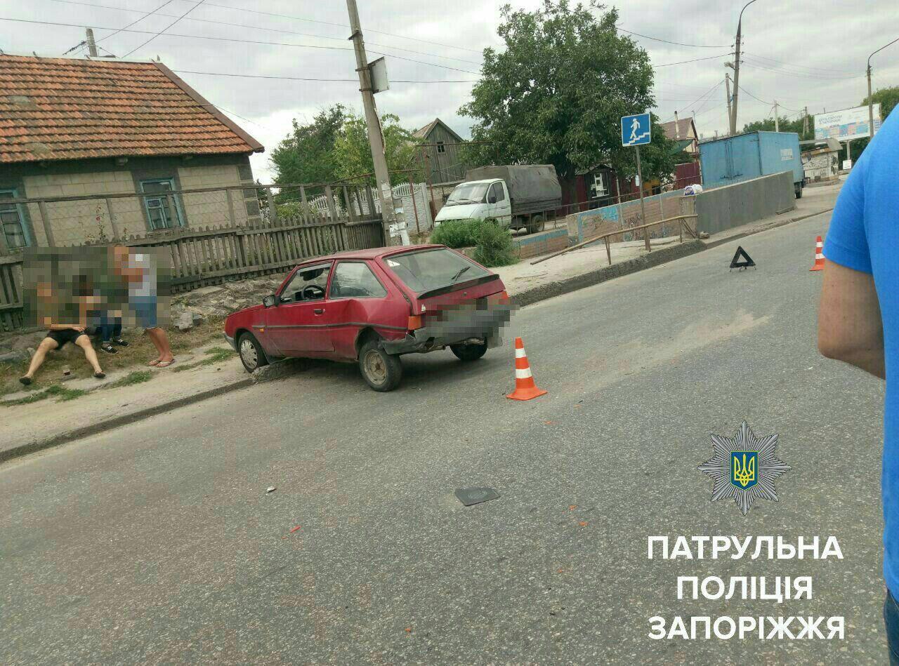 ВЗапорожье встельку нетрезвый  шофёр  попал вДТП
