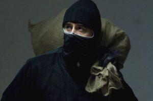 В Запорожской области грабители вынесли из дома фермера полмиллиона долларов