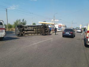 Появились подробности сегодняшней серьезной аварии с пассажирской маршруткой - ВИДЕО