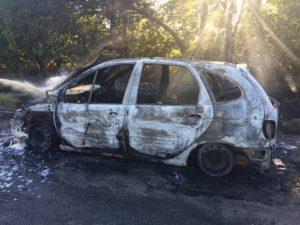 На запорожской трассе дотла сгорел автомобиль