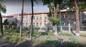 В Запорожье закрыли аварийную школу: на ее месте построят новую - ФОТО