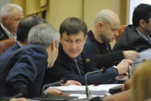 Депутаты горсовета требуют от правоохранителей принять меры по увеличению ответственности за игральные заведения и распространение рекламы наркотиков