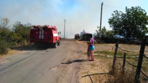 В Запорожской области произошел пожар около полицейского поста - ФОТО