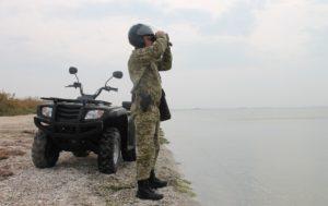 Недействительные паспорта, наркотики и оружие: результатымесяца работы пограничников Бердянского отряда
