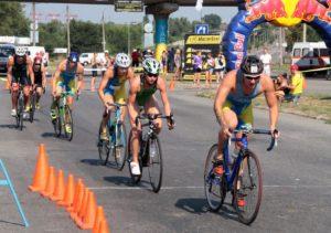 Спортсмены из разных стран приедут в Запорожье на соревнования по триатлону