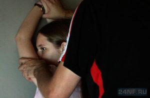 В Запорожье педофил пытался изнасиловать 12-летнюю девочку