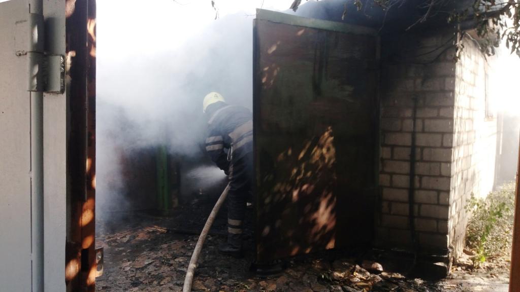 ВЗапорожской области пожарные тушили пожар в личном доме