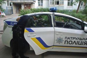 В Запорожье пьяный мужчина устроил разборки с оператором - ФОТО