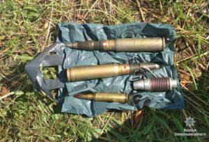 У жителя Бердянска полицейские нашли осколочный боеприпас и снаряды - ФОТО