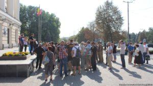 В Запорожье бойцы АТО снова вышли на митинг с требование урегулировать вопрос с льготными перевозками - ФОТО