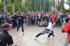 Футбол, танцевальный батл и интеллектуальные игры: как развлекаются участники фестиваля «Zobi Fest»