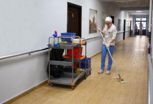 Запорожская областная больница стала первым медучреждением в Украине, получившим статус «Чистой больницы»
