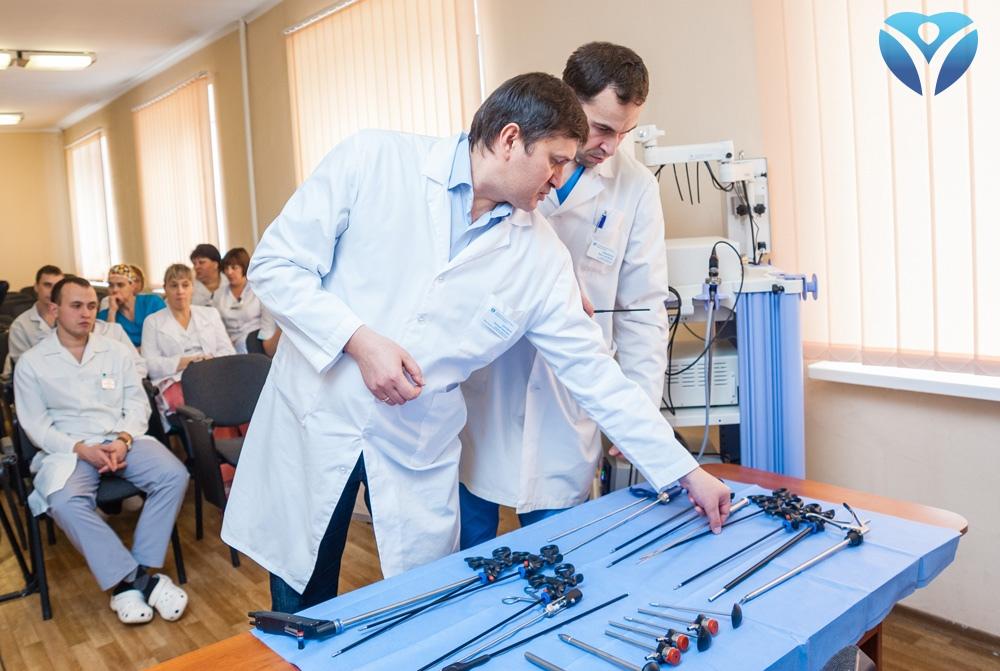 foto-7_prezentatsiya-sovremennogo-laparoskopicheskogo-oborudovaniya-v-zokb
