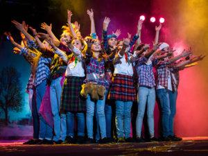 В Запорожье проходит самый масштабный благотворительный фестиваль для детей сирот