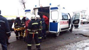 В Запорожской области перевернулся «BMW» с пассажирами: спасателям пришлось вырезать ребенка из авто - ФОТО