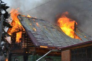 В Запорожской области ночью горел жилой дом