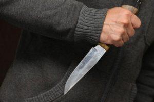 В Запорожье возле остановки общественного транспорта произошло убийство – ФОТО