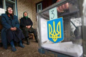 Бюллетени без подписи, закрытые избирательные участки и помощь «со стороны»: как в Запорожской области проходят выборы в ОТГ