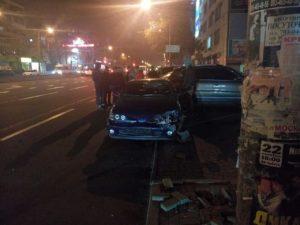 В Запорожье произошло ДТП с четырьмя авто на площади Пушкина - ФОТО