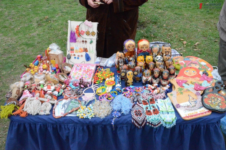 В Запорожье на Покровской ярмарке заработали более 8 миллионов гривен