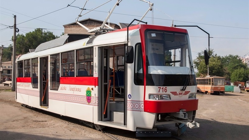 Патриотичный иэкономичный: намаршрут вышел 2-ой запорожский трамвай