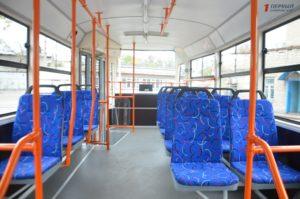 Сегодня на линию пустили второй трамвай запорожской сборки - ФОТО