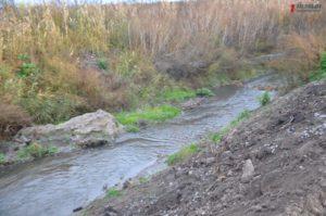 Как в Запорожье проходит очистка русла реки Верхняя Хортица - ФОТОРЕПОРТАЖ