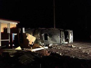 Водитель внедорожника «Range Rover» оставил без электричества Бердянскую косу - ФОТО